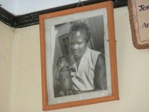 Die Gründerin des Heimes, Mama Jane